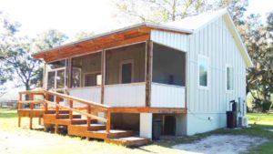 Úžasné BEAUTIFUL !!! Tiny House on 10 ACRES !!!! Venkovské Floridě