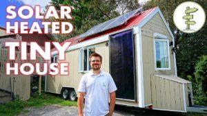 Bydlení v malém domě vyhřívaném ZDARMA sluneční energií v Kanadě