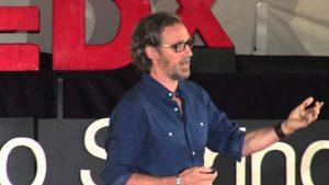 Hnutí malého domu | Andrew Morrison | TEDxColoradoSprings