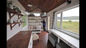 Krásná 24-stopová malá prohlídka domu s bezplatnými plány: Ana White Tiny House Build [Episode 18]