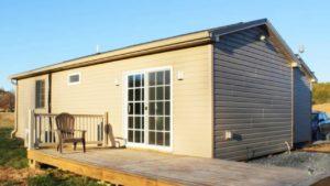 Nádherné útulné budovy 2, malý domek lze prodat samostatně nebo společně   Malý dům velké bydlení