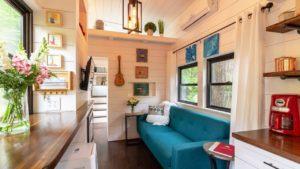 Nejkrásnější malý dům svítidla od Erin Adams | Malý dům velké bydlení