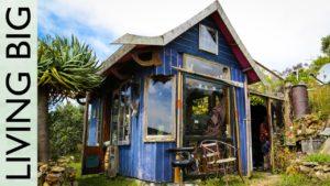 Neuvěřitelný malý dům s výhledem na oceán