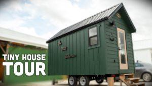 Ohromující dům Boho Tiny House - R.J.O. Linka od Incredible Tiny Homes