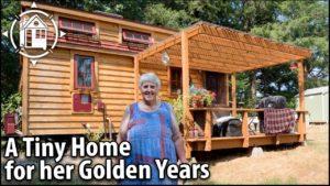 Ona odešla do TINY HOUSE (s vířivkou) pro její Senior roky