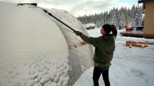 První sníh v kabině off grid | Tiny Home Loft Tour