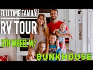 RV TOUR Fulltime Family of 6 with HUGE BUNKHOUSE // Náš malý domov na kolech // Renovovaný RV