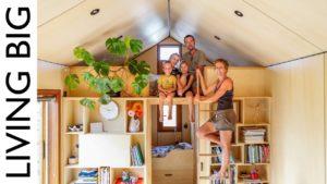 Rodina 5-ti moderního malého domu s chytrými nápady na design
