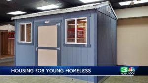Sacramento schvaluje plán malých domovů pro mladé bezdomovce