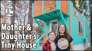 Svobodná maminka se přestěhuje do DĚTSKÉ VILLAGE TINY HOUSE