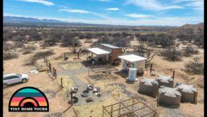 The Ultimate Off The Grid Tiny House Homestead ~ prosperující v poušti Arizona!