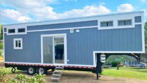 Traveler - Certified 33 'Gooseneck Tiny House s Stand-up Master Bedroom | Krásný malý dům
