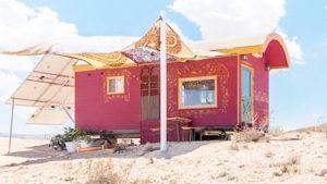 Úžasný malý dům na kolech - cikánský vůz Nádherný malý dům