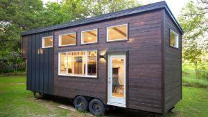 Úžasný přírodní moderní 26ft malý dům na prodej od Made Relative Malý dům velké bydlení