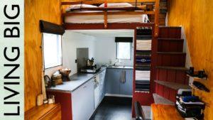 Dva roky v moderním malém domě mimo síť