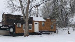 Malý dům postavený pro rodinu šesti