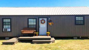 Nádherná krásná kabina postavená minulé léto / nádherný malý dům