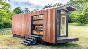 Nejluxusnější malý dům na kolech se sprchou v plné velikosti od Frontier | Nádherný malý dům