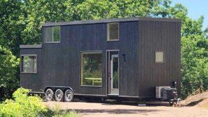 Rustikální krásný dům Escape One Porch Tiny House od společnosti ESCAPE Životní Design Pro Malý Dům