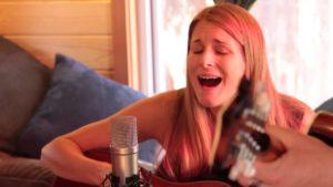 "Tiny House Show: Shook Twins ""Toll Free"" (live on Caravan)"