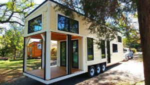 Úžasný krásný drobný dům Burrow Postavený okounem a hnízdem | Malý dům velké bydlení