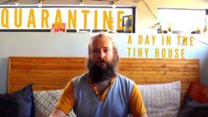Karanténa: Den v malém domě