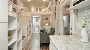 Kate malý dům s perfektním osvětlením