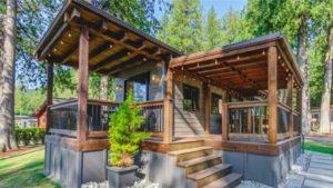 Nejkrásnější Woolley Cottage Tiny House od Wildwood Lakefront Cottages | Malý dům velké bydlení