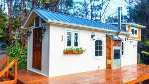Neuvěřitelně krásný HGTV Tiny Paradise má řemeslné všechno | Malý dům velké bydlení