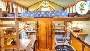 Ručně vyráběný malý dům s krásným designem a dřevem - plná prohlídka