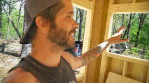 VÝCHODNÍ VÍKEND - drobná stavba domu, nová dívka, vaření, rybaření a přátelé! OFF GRID / Homesteading