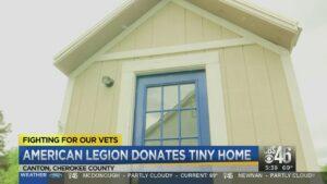 Americká legie věnuje veteránovi malý domov
