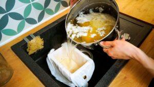 Dělat tofu je v Polsku snadné / malé