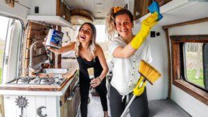 JAK SE TOTO ZÍSKAL TU? Jarní čištění OFF-GRID Tiny Home | Van Life