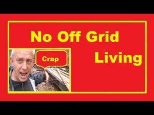 Není dovoleno žít z mřížky v malém domě