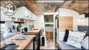 Skoolie Conversion - Bus Life Tour během vlastní izolace
