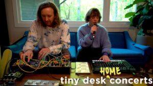 Sylvan Esso: Koncert Tiny Desk (Home)