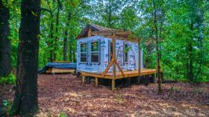 Začněte s čistou břidlicí / maličkým domem deštivé dny / off mřížky dobrodružství!