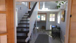 Útulný dům navržený na 12 měsíců Krásný malý dům