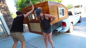 DIY Truck Bed Camper / Tiny House - Sestavte část 2