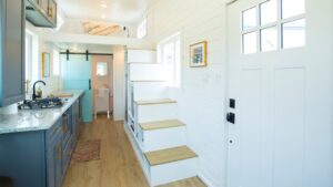 Moderní luxusní The Kerbey 24 & # 39; Malý dům od ATX Tiny Casas | Malý dům velké bydlení