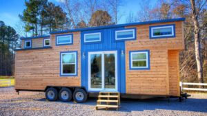 Nádherná ohromující drobná domácí svoboda V2 od Alabamy Tiny Homes