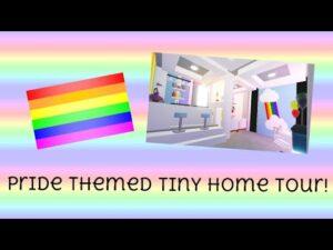 """🏳️🌈 Pride Theme Tiny Home Tour! """"Roblox mě přijměte"""