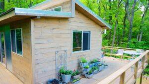 Rustikální krásný Prostě dost malý domek Krásný malý dům