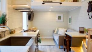 Tiny Replica Home od Tiny Heirloom | Krásný malý dům