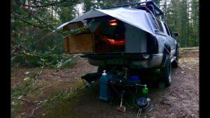 # VanLife v náklaďáku: 4x4 Micro Tiny Home Tour, Nomad na 5 let